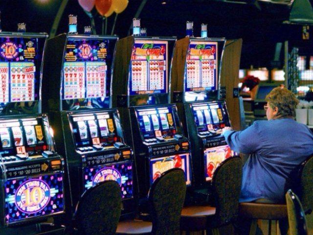 Играть на реальные деньги в казино онлайн