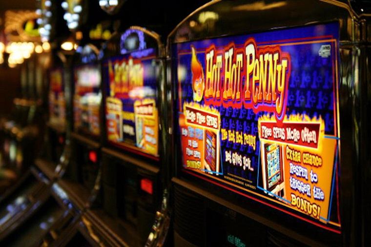 Играйте онлайн в самом популярном интернет казино России — Азино
