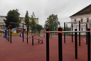 В городе Нытва Пермского края благодаря нацпроекту появилась многофункциональная спортивная зона