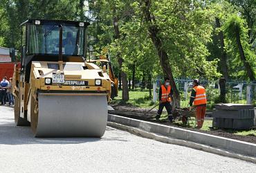 В Кузбассе за лето по нацпроекту «Жилье и городская среда» благоустроили 320 дворов