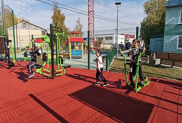 Жители Белого Яра в Ханты-Мансийском автономном округе получили новую спортивную площадку