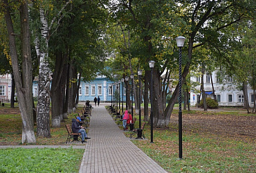 Благодаря нацпроекту в городе Оса Пермского края выполнен первый этап благоустройства парка Победы