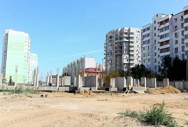 В Астрахани строится 192-квартирный дом для переселения граждан из аварийного жилья – ВИДЕО