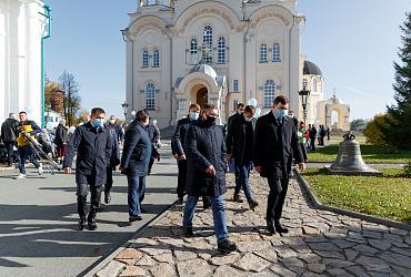 Владимир Якушев и Евгений Куйвашев открыли центральную площадь в Верхотурье Свердловской области