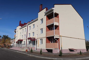 В ростовском Донецке из аварийного жилья по нацпроекту в новые квартиры переселят 71 семью