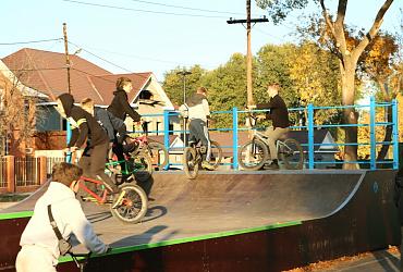 Жители поселка Зубчаниновка в Самаре получили современный скейт-парк