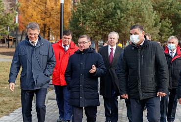 Глава Минстроя России Владимир Якушев принял участие в открытии уфимского парка «Первомайский» после реконструкции