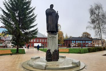 В Ярославской области благоустроили площадь на средства гранта за победу во Всероссийском конкурсе