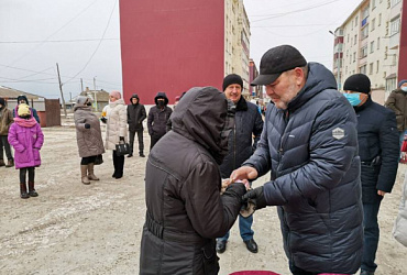 В Углегорске Сахалинской области 70 семей из аварийных домов получили ключи от новых квартир
