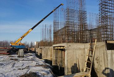 На Камчатке возводится многоквартирный дом, в который из аварийного жилья планируется переселить 80 человек