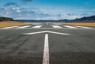 Минстрой России создает нормативную базу, позволяющую расширить сеть аэродромов в отделанных районах страны