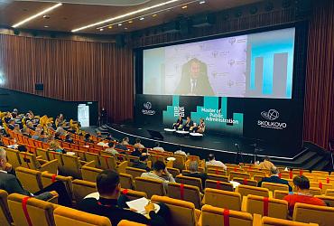 Замглавы Минстроя России Максим Егоров рассказал о мерах господдержки ЖКХ на программе MPA в Сколково