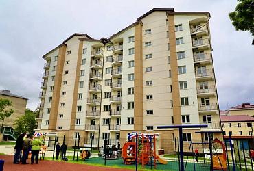 Ирек Файзуллин: Карачаево-Черкесская Республика и Сахалинская область завершили программу расселения аварийного жилого